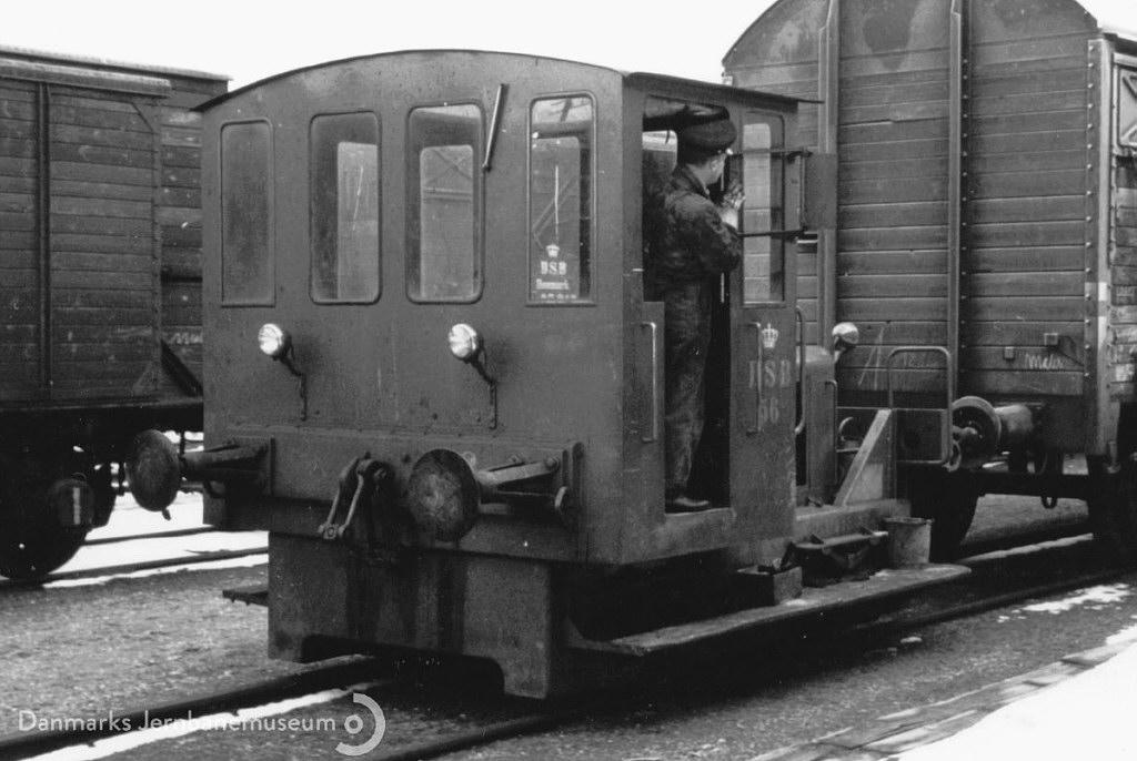 DSB Traktor 56 - Foto: Danmarks Jernbanemuseum / Jernbanekilder.dk